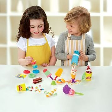 Play-Doh Frozen Treats Hasbro